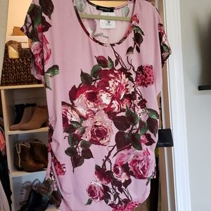 Short-Sleeved Floral Top